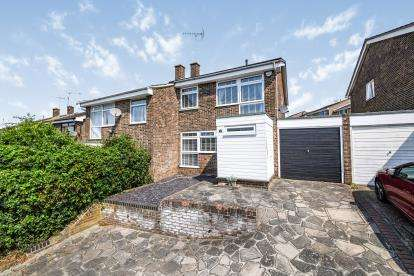 4 Bedrooms Semi Detached House for sale in Billericay, Essex, .