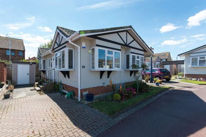 2 Bedrooms Park Home Mobile Home for sale in Canterbury Road, Birchington