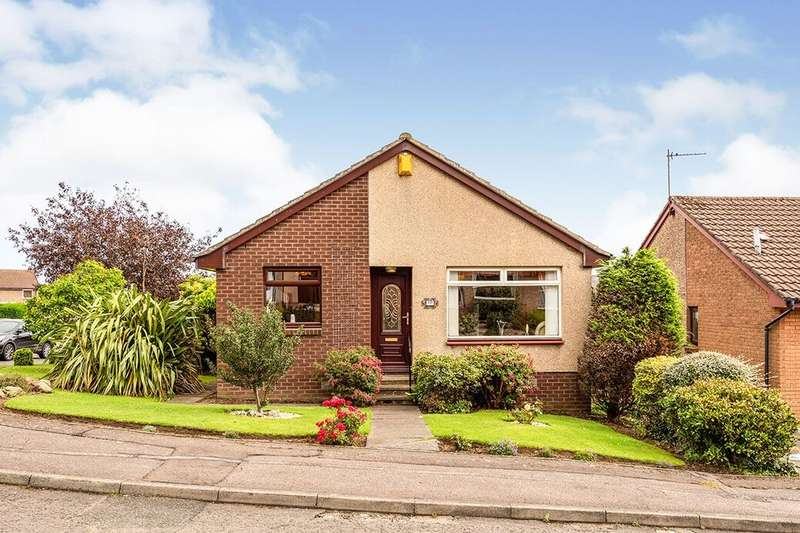 3 Bedrooms Detached Bungalow for sale in Morlich Park, Dalgety Bay, Dunfermline, Fife, KY11