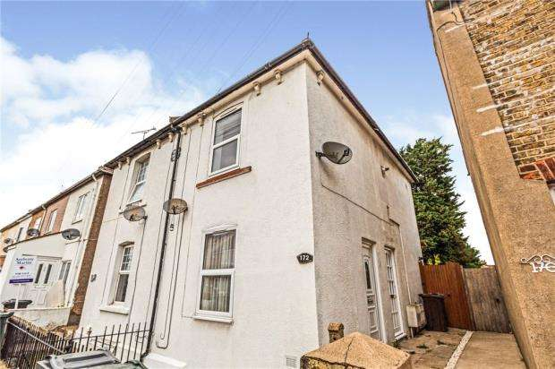 Apartment Flat for sale in Milton Road, Swanscombe, Kent