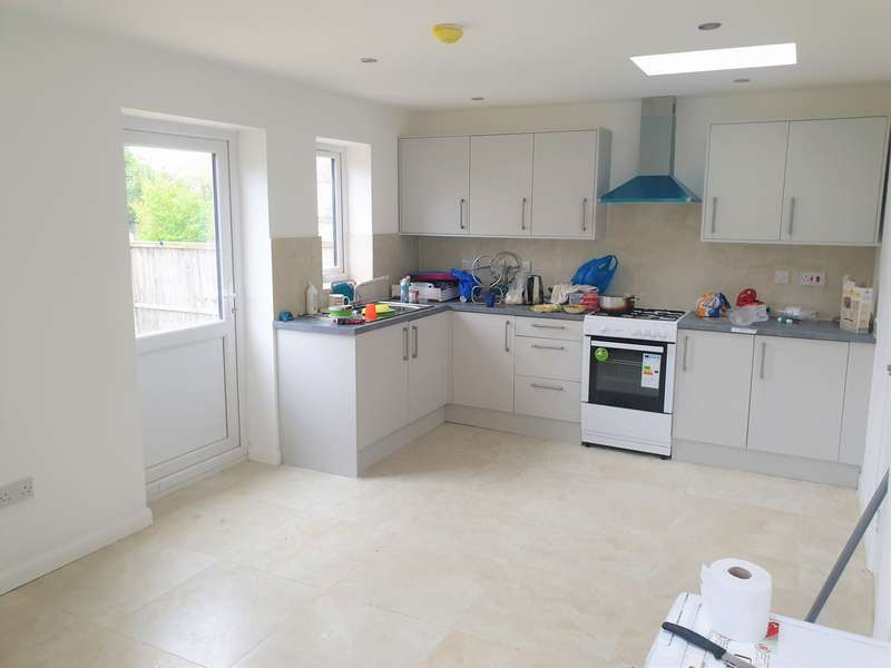 3 Bedrooms House for rent in Becontree Avenue, Becontree, RM8