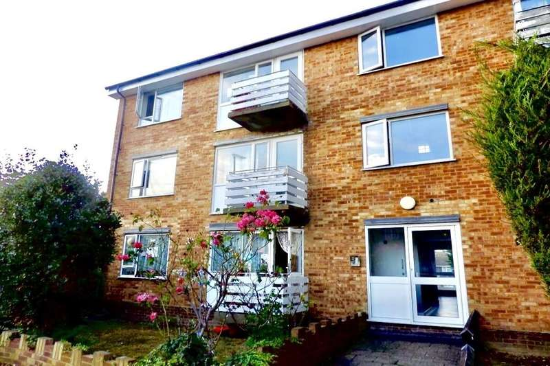 2 Bedrooms Flat for sale in Alma Road, Sidcup, DA14
