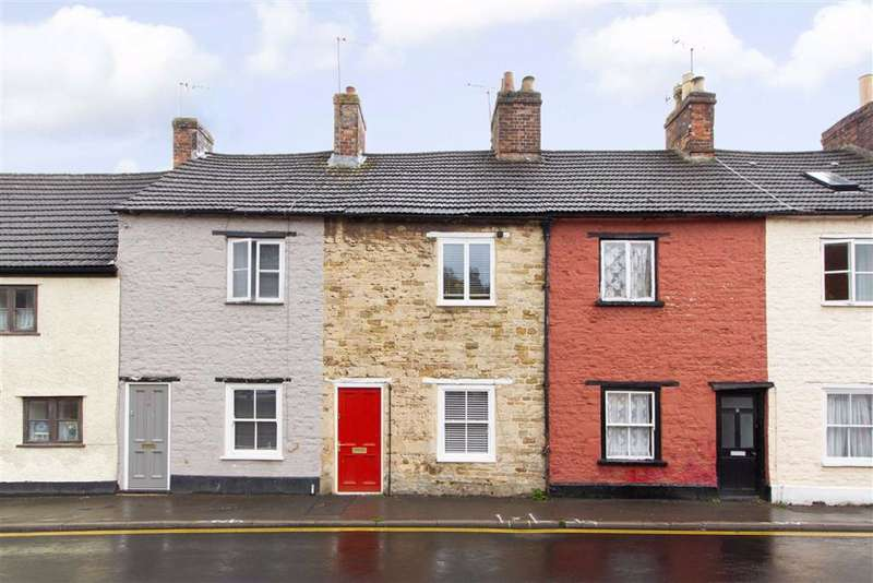 2 Bedrooms Terraced House for sale in Bear Street, Wotton-under-Edge, GL12