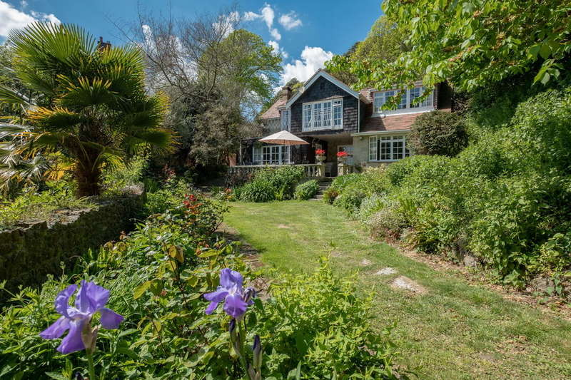 4 Bedrooms Cottage House for sale in Bonchurch, Isle Of Wight