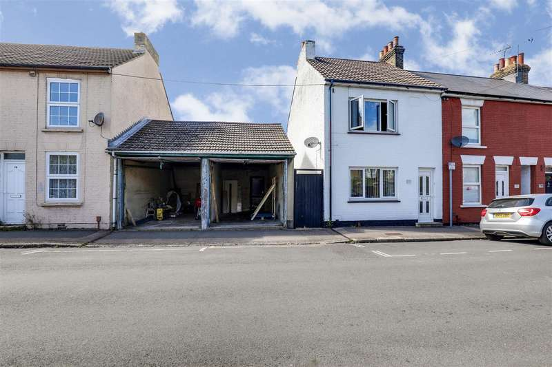 3 Bedrooms Semi Detached House for sale in Unity Street, Sittingbourne