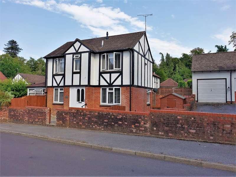 3 Bedrooms Detached House for sale in Pennine Gardens, Dibden Purlieu