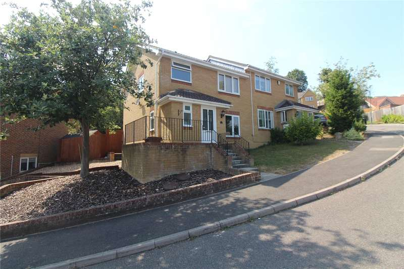 3 Bedrooms Semi Detached House for sale in Peacock Rise, Chatham, Kent, ME5
