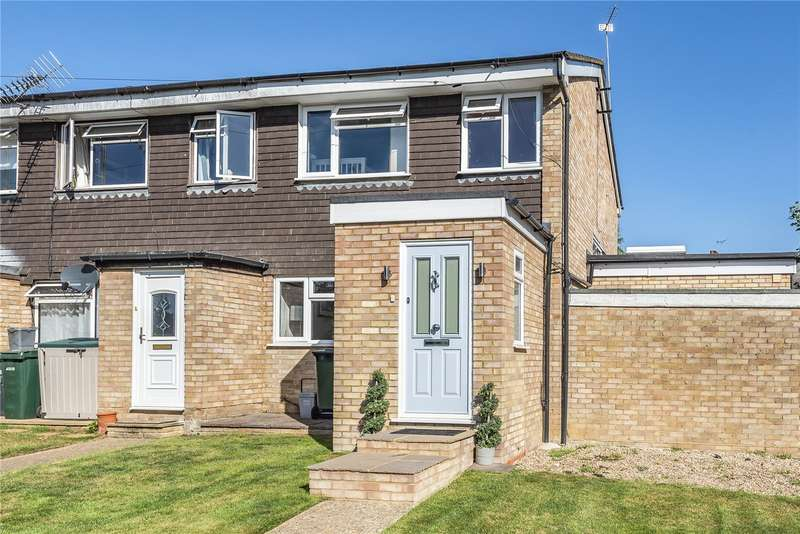 3 Bedrooms End Of Terrace House for sale in Hall Close, Mill End, Rickmansworth, Hertfordshire, WD3