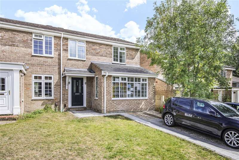 4 Bedrooms Semi Detached House for sale in Green Park Close, Winchester, Hampshire, SO23