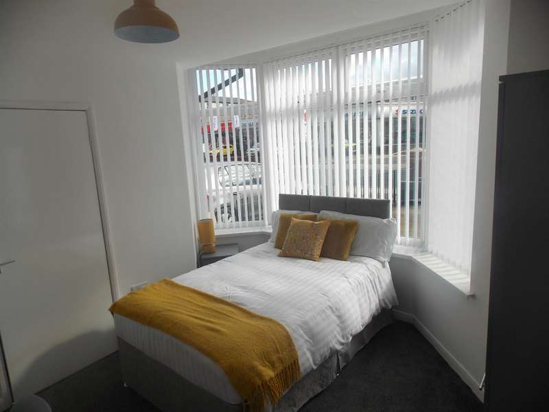9 Bedrooms House Share for rent in Marton Road, Middlesbrough, TS4 2EY