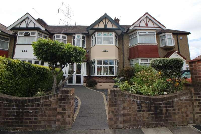 3 Bedrooms House for sale in Bullsmoor Way, Waltham Cross