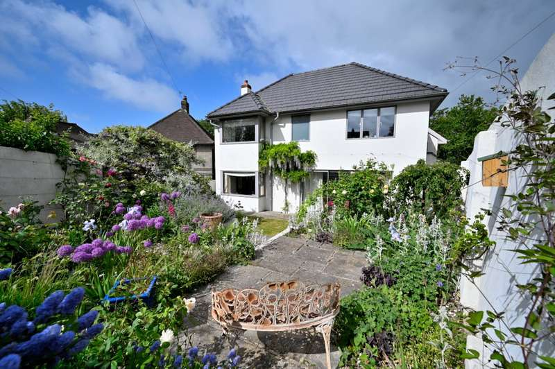 5 Bedrooms Detached House for sale in Hollingbury Copse, Brighton, East Sussex, BN1