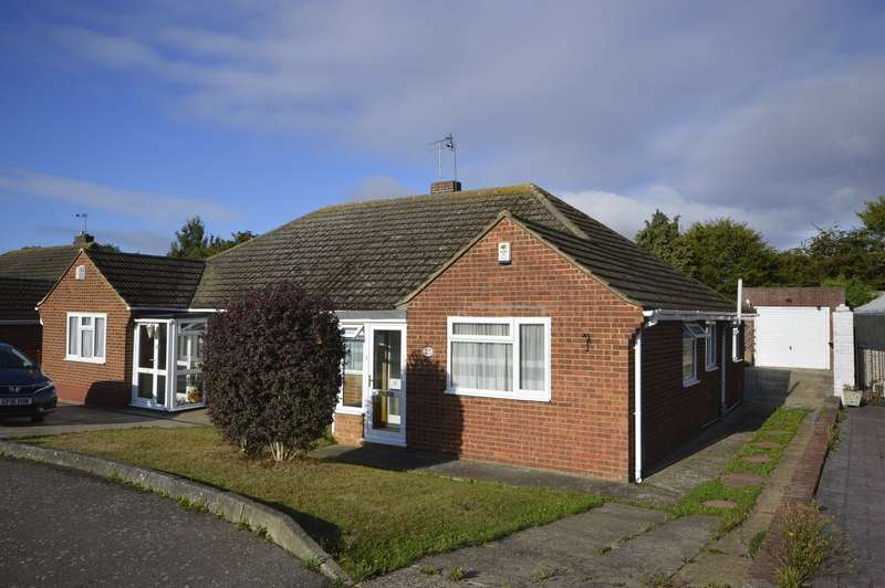 2 Bedrooms Semi Detached Bungalow for sale in Killick Road, Hoo, Rochester, Kent, ME3
