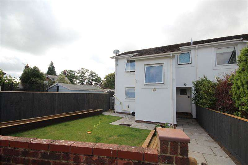 3 Bedrooms End Of Terrace House for sale in Georgian Close, Ringwood, Hampshire, BH24