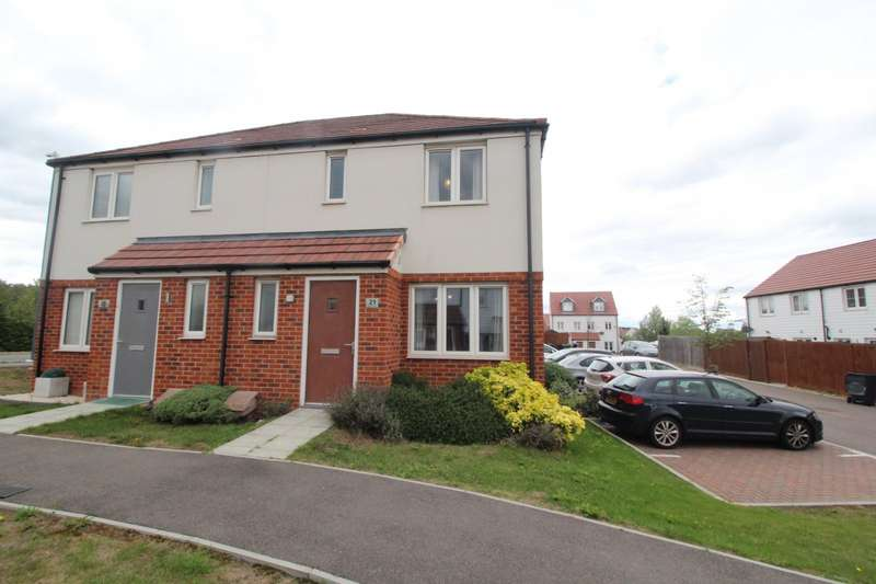 3 Bedrooms Semi Detached House for sale in Halcrow Avenue, Dartford, Kent, DA1