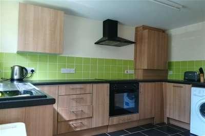 2 Bedrooms Flat for rent in Uplands Terrace, Uplands