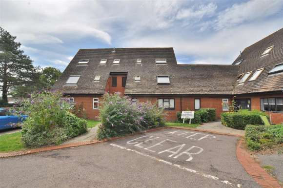 1 Bedroom Property for sale in Blyth Close, Stevenage