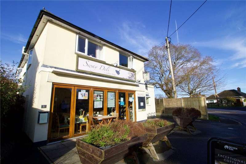 3 Bedrooms Maisonette Flat for sale in Middle Road, Sway, Lymington, Hampshire, SO41