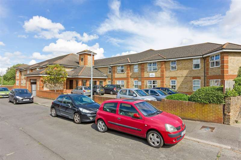 1 Bedroom Retirement Property for sale in West Lane, Sittingbourne