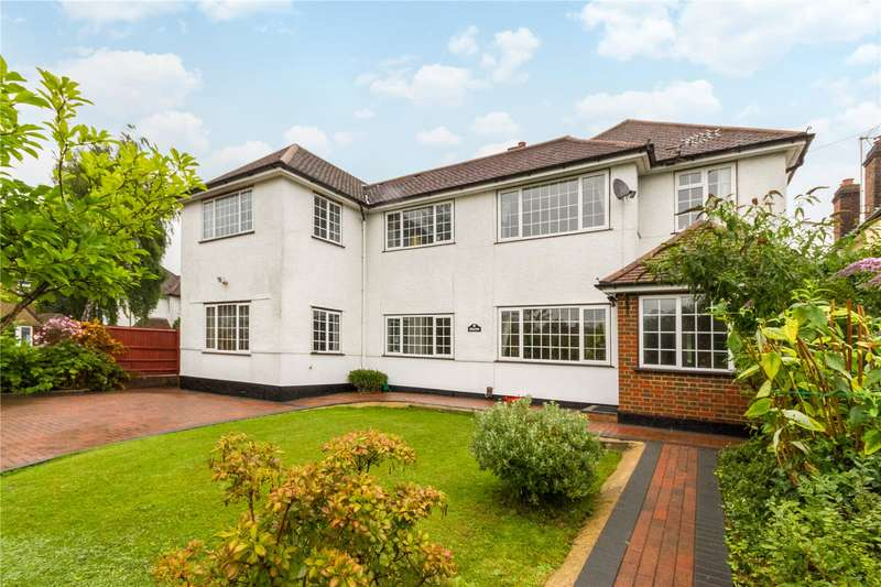 5 Bedrooms Detached House for sale in Fairview Drive, Watford, Hertfordshire, WD17