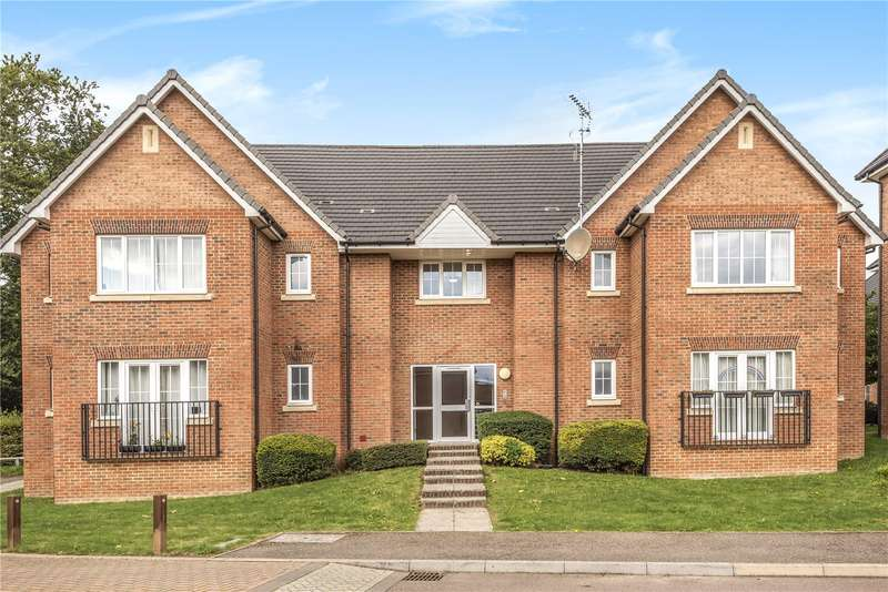 2 Bedrooms Apartment Flat for sale in St. Mawes Close, Croxley Green, Rickmansworth, Hertfordshire, WD3