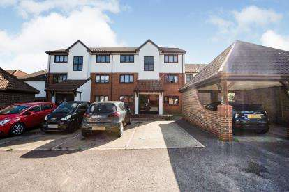 1 Bedroom Flat for sale in Purfleet-On-Thames, Thurrock, Essex