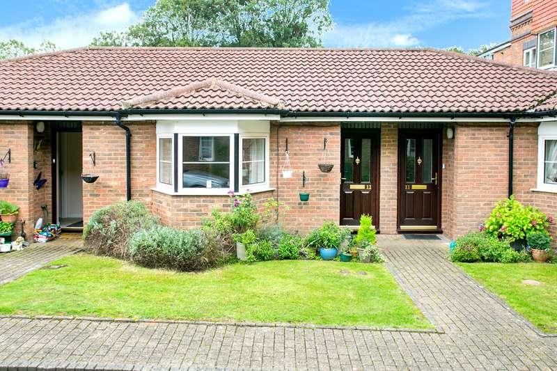 2 Bedrooms Retirement Property for sale in Westdeane Court, Basingstoke, RG21