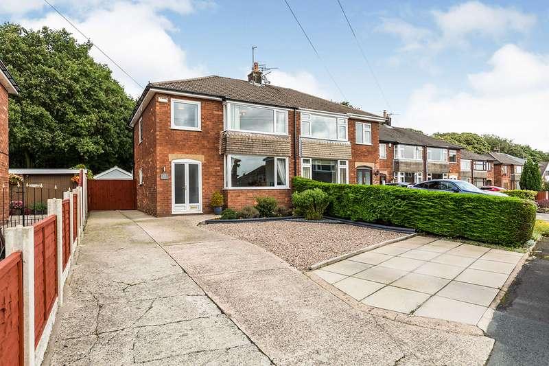 3 Bedrooms Semi Detached House for sale in Wellington Place, Walton-le-Dale, Preston, PR5