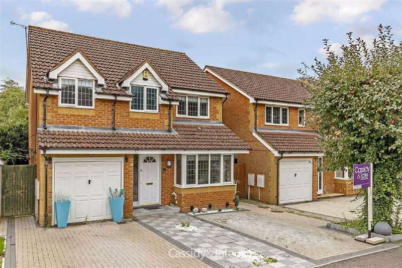 4 Bedrooms Property for sale in Wynches Farm Drive, St. Albans, Hertfordshire - AL4 0XH