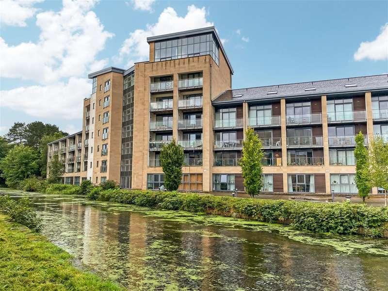 2 Bedrooms Apartment Flat for sale in Aalborg Place, Lancaster