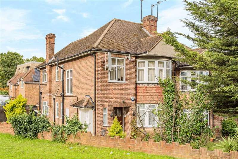 2 Bedrooms Flat for sale in Longmore Avenue, Barnet, Hertfordshire