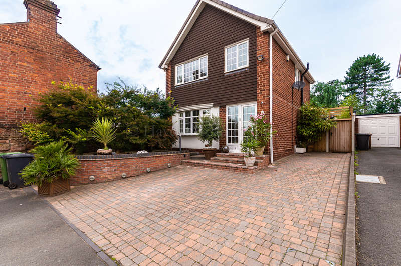 4 Bedrooms Detached House for sale in Kidderminster Road, Bewdley