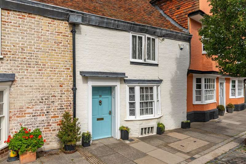 2 Bedrooms Terraced House for sale in Abbey Street, Faversham
