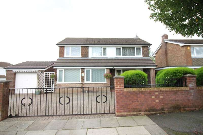 4 Bedrooms Detached House for sale in Trimingham Drive, Bury, BL8