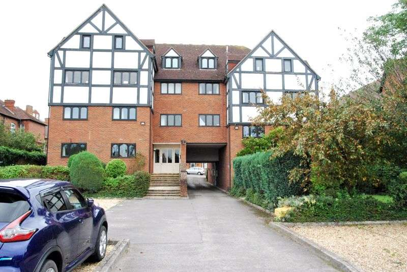 1 Bedroom Property for sale in Tudor Court, Alexandra Road, Gloucester