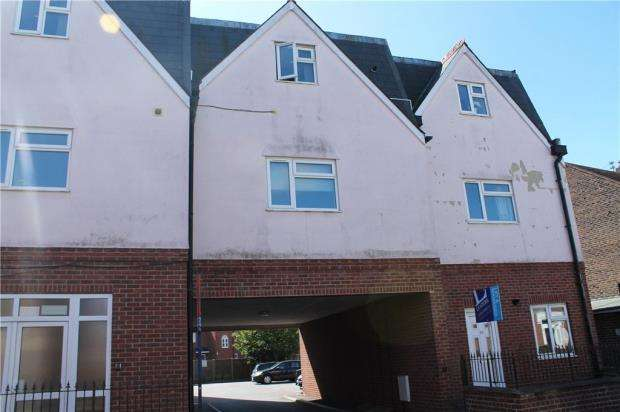 3 Bedrooms Semi Detached House for sale in Forbes Court, 373 London Road, Portsmouth