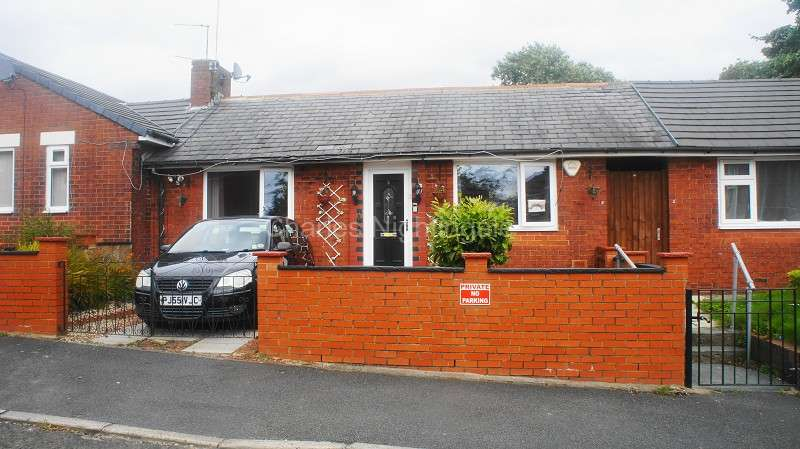 1 Bedroom Bungalow for sale in Cardwell Street, Oldham, Greater Manchester. OL8 2AB