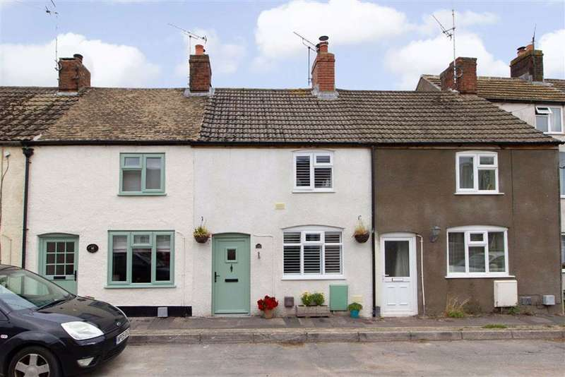 2 Bedrooms Cottage House for sale in Walk Mill Lane, Kingswood, GL12