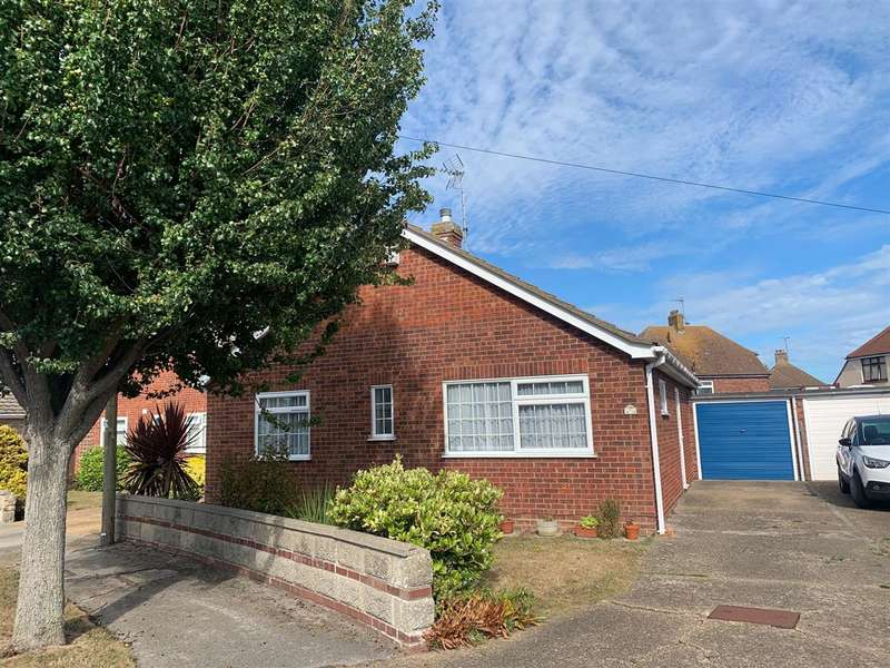 2 Bedrooms Bungalow for sale in Johnston Close, Holland-on-Sea