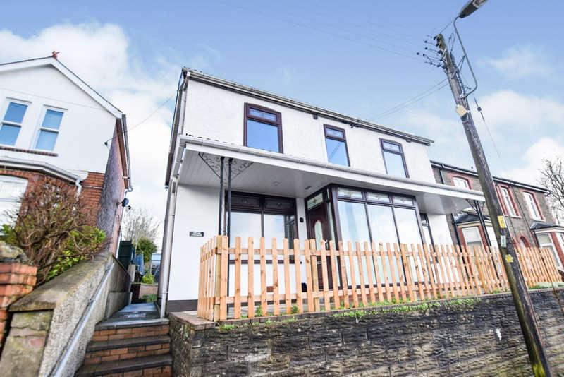 3 Bedrooms Detached House for sale in Penmaen Road, Pontllanfraith, Blackwood