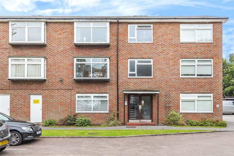 2 Bedrooms Apartment Flat for sale in Nightingale Court, Nightingale Road, Rickmansworth, Hertfordshire, WD3