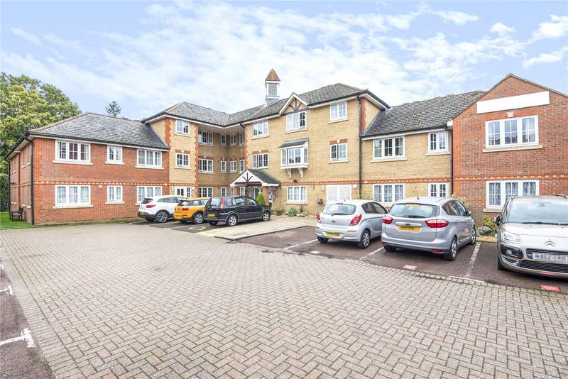 2 Bedrooms Retirement Property for sale in Hutchings Lodge, High Street, Rickmansworth, WD3