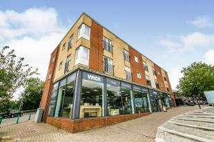 1 Bedroom Flat for sale in Nightingale House, London Road, Swanley, Kent