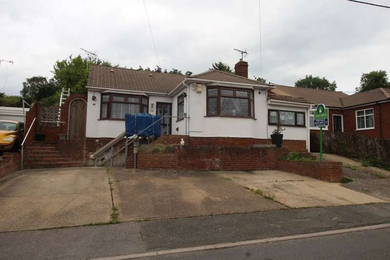 4 Bedrooms Detached House for sale in Abbey View Drive, Minster On Sea, Sheerness, ME12