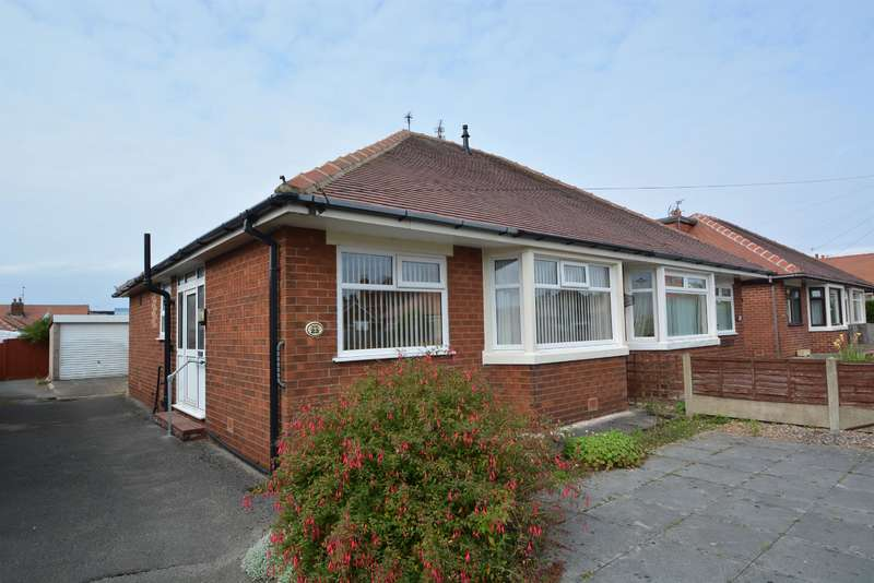 2 Bedrooms Semi Detached House for sale in Annan Crescent, Blackpool, FY4 4RQ