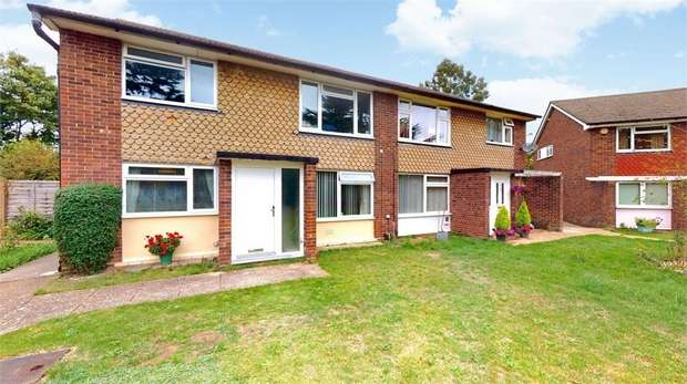 2 Bedrooms Flat for sale in Ravenswood Gardens, Isleworth, Middlesex