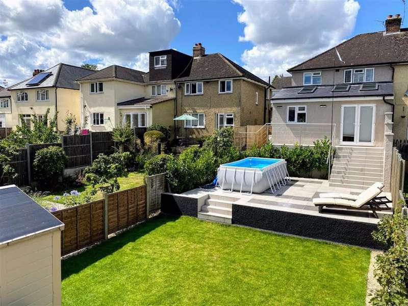 3 Bedrooms Semi Detached House for sale in Park Road, BOXMOOR