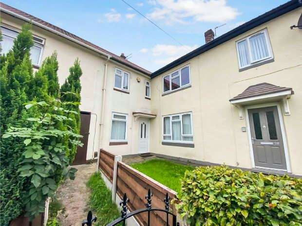 3 Bedrooms Terraced House for sale in Dunkeld Road, Manchester