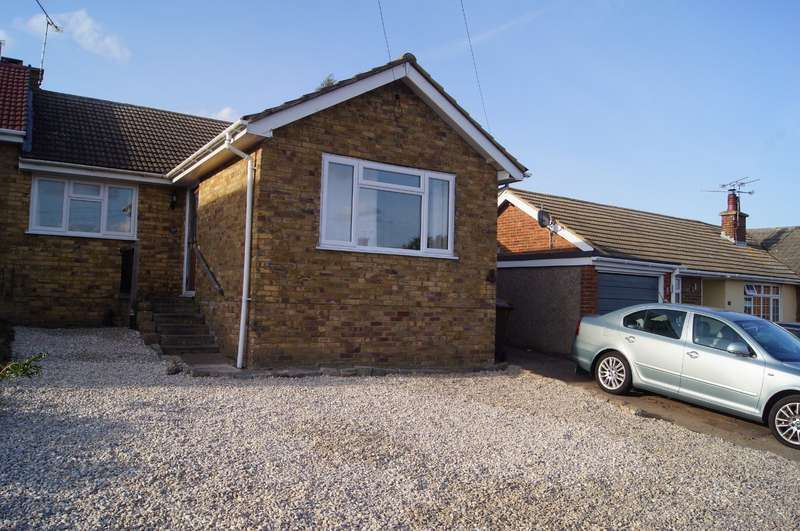 3 Bedrooms Semi Detached Bungalow for sale in Vidgeon Avenue, Hoo, Rochester, Kent, ME3