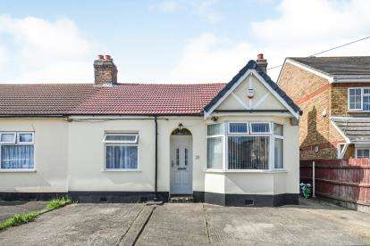 2 Bedrooms Bungalow for sale in Rainham, Essex, Uk